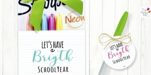 let's have a bright school year PRINTABLE TAGS