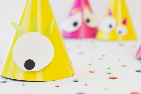 DIY-Monster-Party-Hat